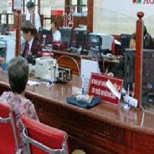 Agribank miễn, giảm lãi vay hỗ trợ khách hàng bị ảnh hưởng bão số 10