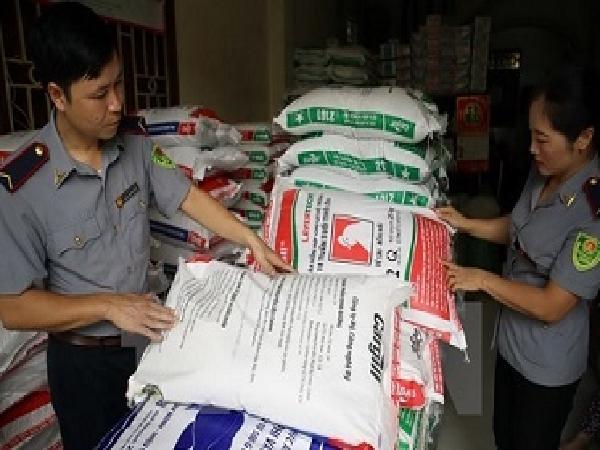 Cảnh báo về những hệ lụy gây bệnh từ hóa chất trong thức ăn chăn nuôi