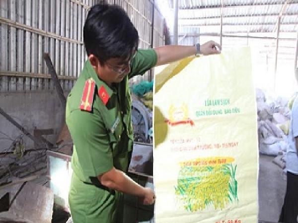 Cần Thơ bắt quả tang cơ sở bán lúa giống giả thương hiệu