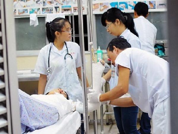 Sẽ giảm phí 40 dịch vụ cho người bệnh