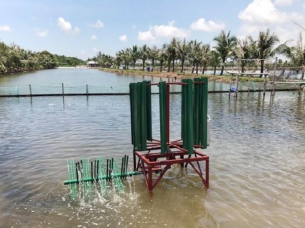 Sáng tạo ra máy khuấy, đảo khí cho đầm nuôi trồng thủy sản bằng năng lượng gió.