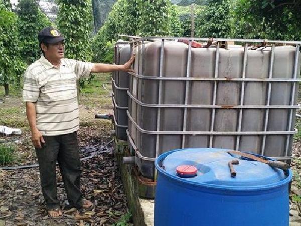 Chế biến thức ăn chăn nuôi, phân bón cung cấp cho các trang trại - cách làm giàu mới của nông dân