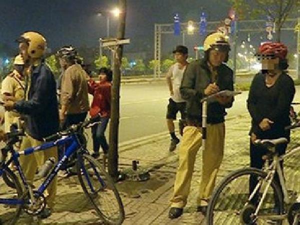Từ 01/1/2020: Người đi xe đạp uống rượu, bia sẽ bị phạt 600.000 đồng