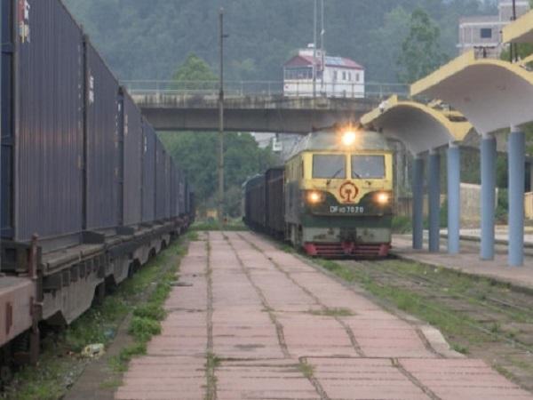 Nông sản đi đường sắt qua Trung Quốc: Thành công bất ngờ