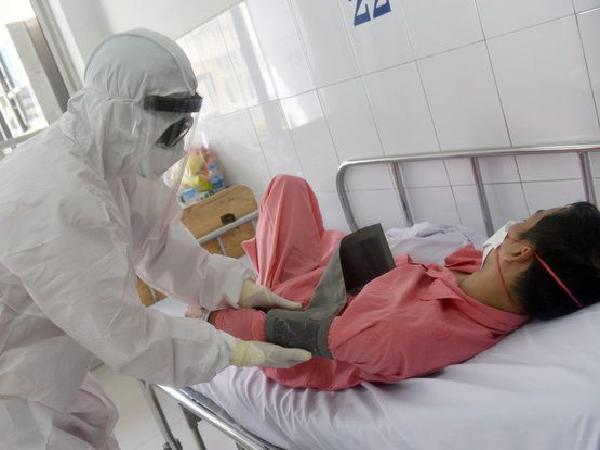 Phút nhói đau - Viết cho mùa chống Coronavirus