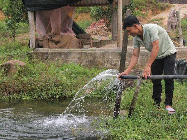 Làm hang nuôi cá chình
