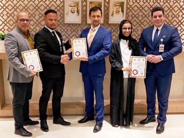 UAE thử nghiệm thành công phương pháp điều trị tế bào gốc mới cho bệnh nhân Covid-19