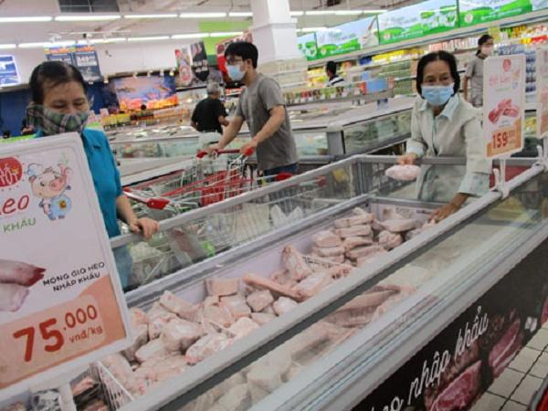 Giá thịt heo nhập khẩu sắp rẻ hơn, liệu có khiến giá thịt nội địa giảm?