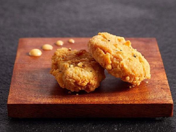 Bán đại trà thịt gà nhân tạo từ phòng thí nghiệm, chăn nuôi gà có bị ảnh hưởng?