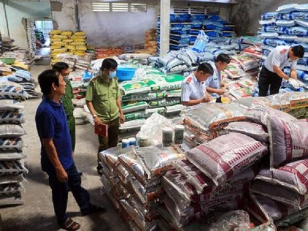 Cảnh báo: Phát hiện nhiều cơ sở kinh doanh phân bón và thuốc BVTV giả, kém chất lượng