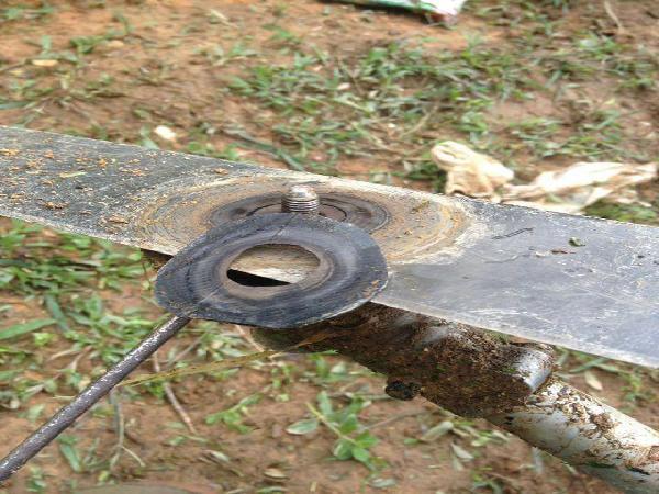 Sau 1 loạt tai nạn từ máy cắt cỏ: Tránh xa lưỡi dao rẻ tiền của TQ